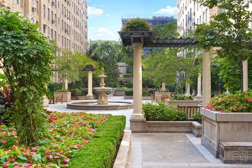 The Parc Vendome, 350 West 57th Street, #18C