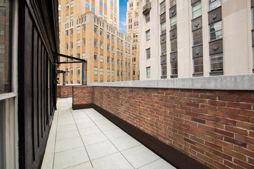Cipriani Club Residences, 55 Wall Street, #940