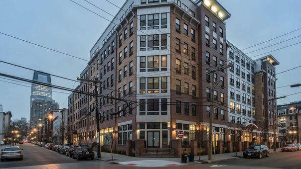 Madox, 198 Van Vorst Street, #620