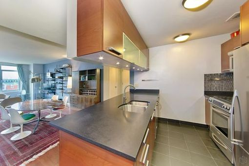 5th on the Park, 1485 Fifth Avenue, #8H