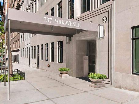 737 Park Avenue, #20A