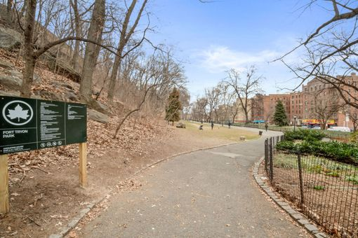 Fort Tryon Gardens, 4489 Broadway, #3C