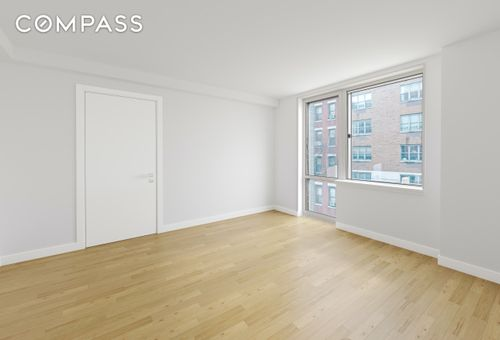 Centro 505, 505 West 47th Street, #3AS