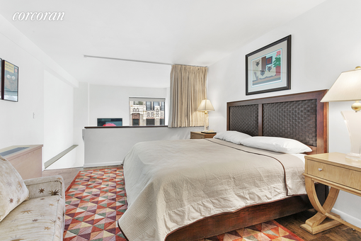 Gallery Apartments, 32 East 76th Street, #1103