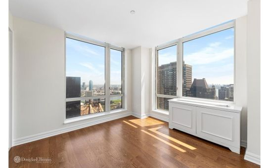 Bridge Tower Place, 401 East 60th Street, #38AB
