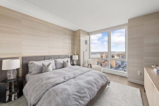 Manhattan View at MiMa, 460 West 42nd Street, #53H
