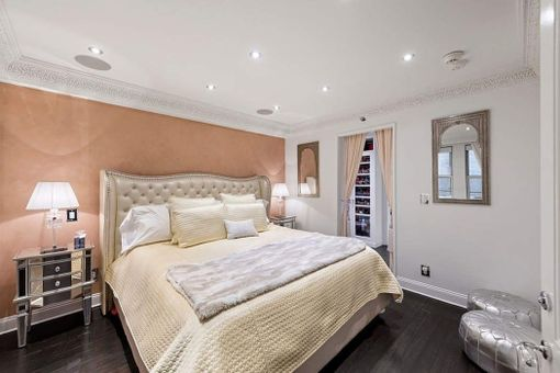 J.W. Marriott Essex House, 160 Central Park South, #12461250