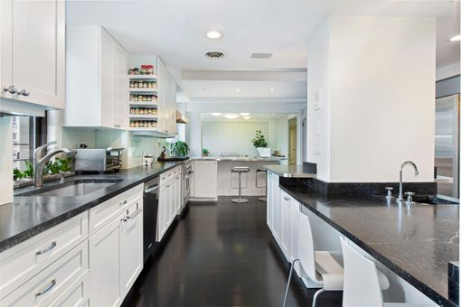 The Wexford, 400 West End Avenue, #11AB