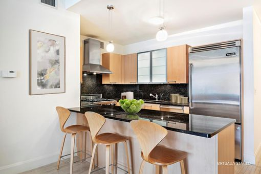 Lion's Head, 121 West 19th Street, #8A