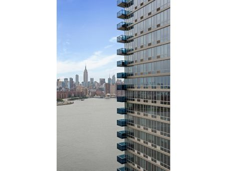 The Edge South Tower, 22 North 6th Street, #28E