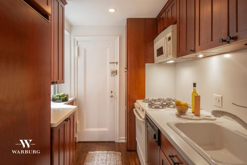 Southgate, 434 East 52nd Street, #4G