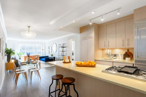 The Revere, 400 East 54th Street, #19A