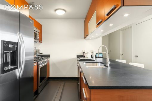5th on the Park, 1485 Fifth Avenue, #23C