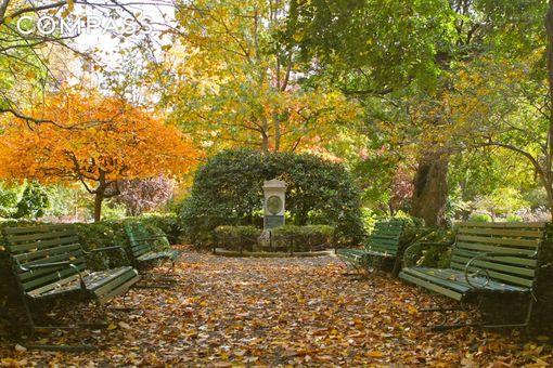 44 Gramercy Park North, #7C