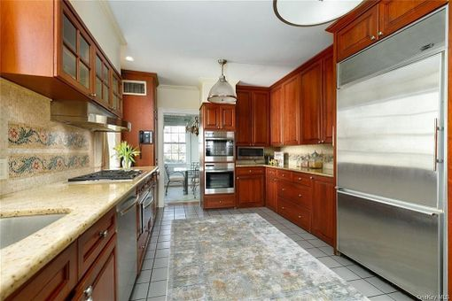4671 Delafield Avenue,