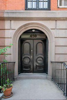 450 West 20th Street, #2