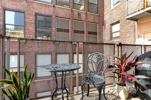 Park South Lofts, 45 East 30th Street, #10C