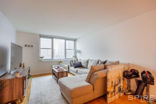 Gateway, 345-395 South End Avenue, #31J1B375