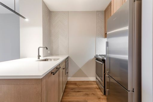 Riverbank, 560 West 43rd Street, #34H