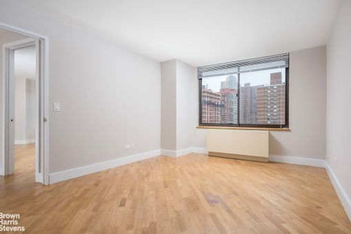 The Monterey, 175 East 96th Street, #27D