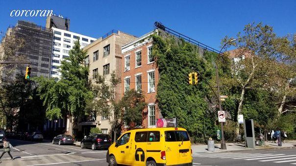 11 Charlton Street, #2D