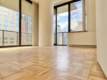 The Alfred, 161 West 61st Street, #14B