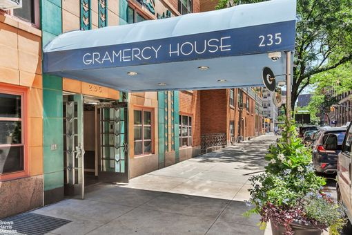 The Gramercy House, 235 East 22nd Street, #6U