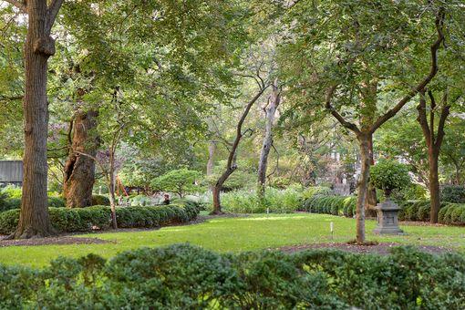 22 Gramercy Park South, #PARLOR