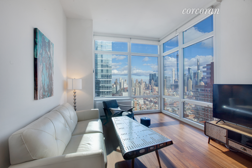 Silver Towers, 600 West 42nd Street, #42A