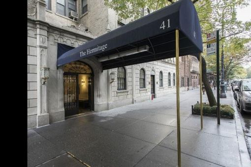 The Hermitage, 41 West 72nd Street, #16G