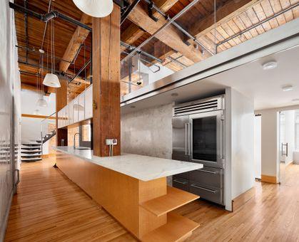 Gramercy Park Habitat, 205 East 22nd Street, #1AB