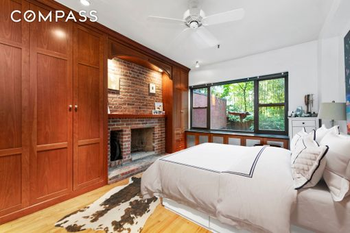 838 Greenwich Street, #1C