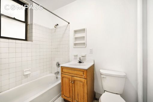 353 West 47th Street, #1RE