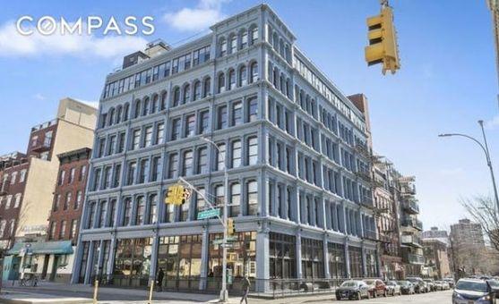 The Smith Grey, 138 Broadway, #3B