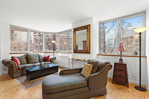 The Strand, 500 West 43rd Street, #3G