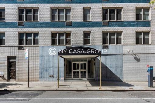 160 East 27th Street, #2D