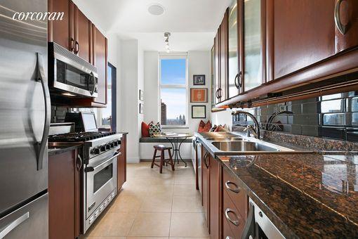 The Metropolitan, 181 East 90th Street, #30A