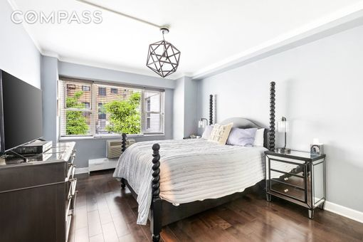 Lawrence House, 79 West 12th Street, #2H