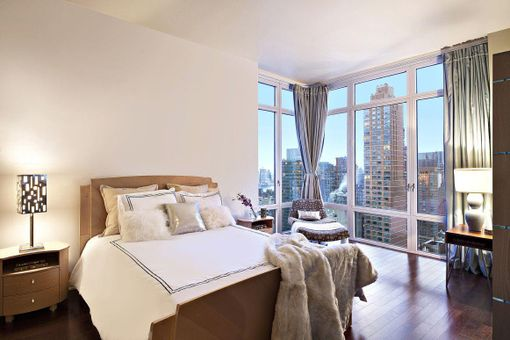 Place 57, 207 East 57th Street, #32AB