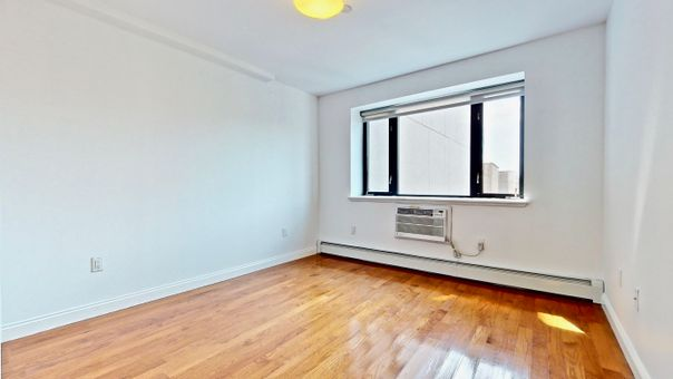 Edgecombe Parc, 456 West 167th Street, #6A