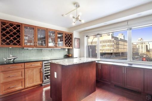 Lincoln Terrace, 165 West 66th Street, #3C