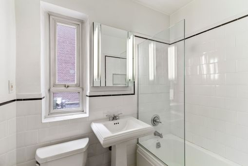 The Westmore, 333 West 57th Street, #811