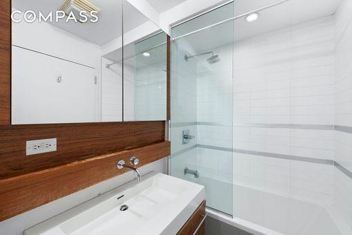 Pascal Condominium, 333 East 109th Street, #PHD
