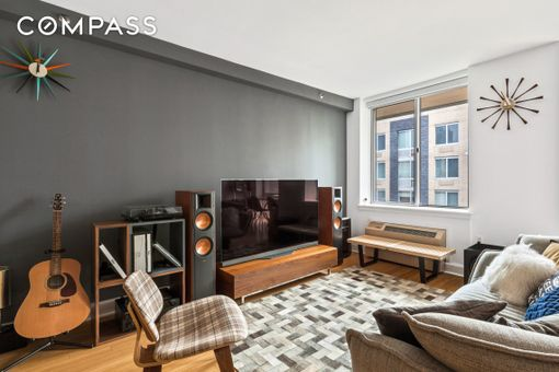 Centro 505, 505 West 47th Street, #6HS