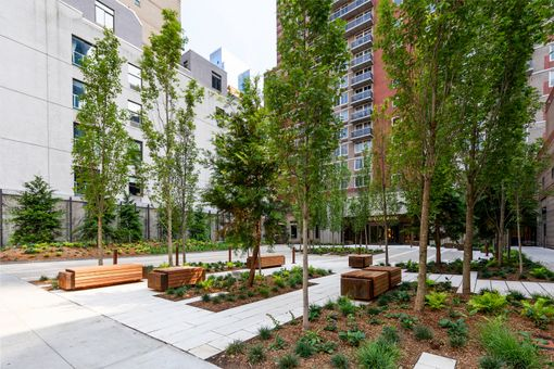 Riverbank, 560 West 43rd Street, #21F