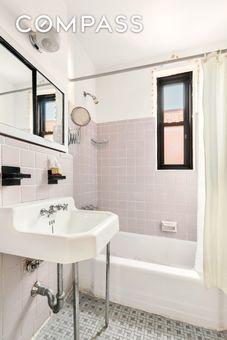 Mark Twain Apartments, 100 West 12th Street, #6J
