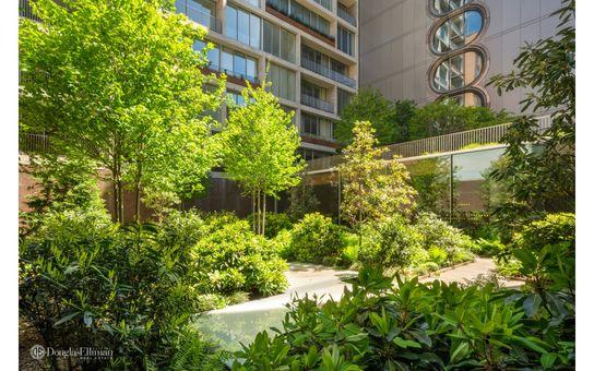 Jardim, 525 West 27th Street, #9A