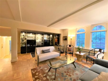 London Terrace Towers, 405 West 23rd Street, #2B