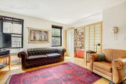 Mark Twain Apartments, 100 West 12th Street, #3A