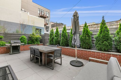 Berry Street Townhomes, 261 Berry Street, TH